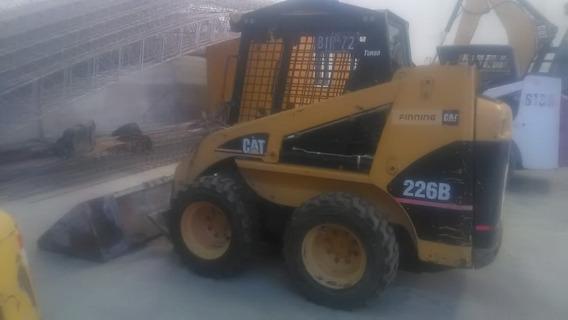 Minicargadora Cat 226b Serie 2