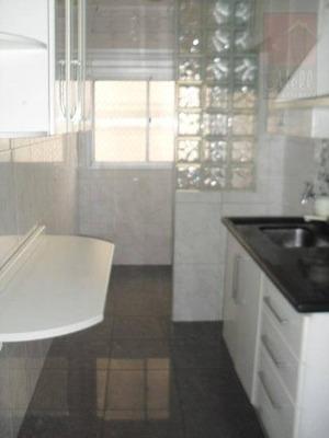 Jd. Ester Alugo Dois Dormitórios Com + Ou 50 M² De Área - Ap0550