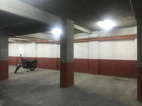 Alquiler De Cochera Fija En Subsuelo Caseros