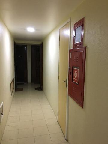 Apartamento Com 2 Dormitórios À Venda, 80 M² Por R$ 250.000,00 - Centro - São Gonçalo/rj - Ap0447