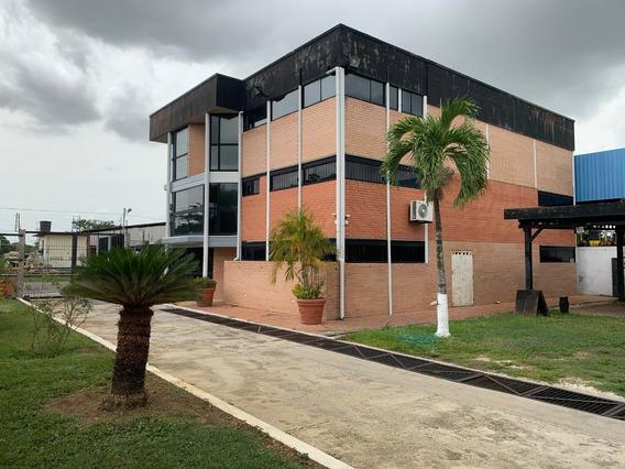 Edificio Comercial Con Galpón Zona Industrial Valencia