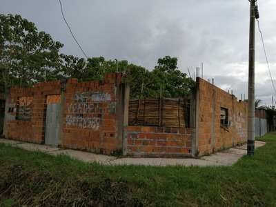 Se Vende Terreno 300m2 Con Construccion