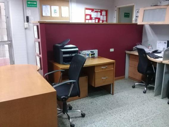 Oficina Amoblada En Alquiler En Este De Barquisimeto #21-6384