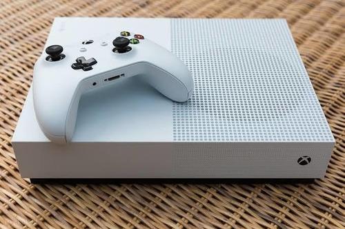 Imagem 1 de 1 de Xbox One S
