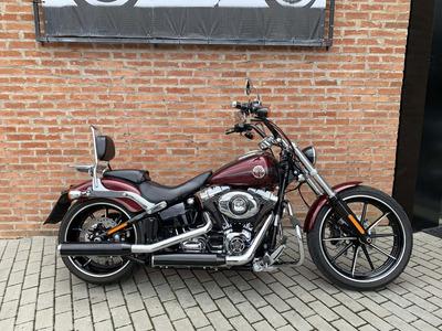 Harley Davidson Breakout 2015 Com Acessórios