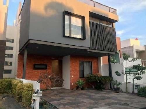 Casa Sola En Renta En Juriquilla Santa Fe, Querétaro, Querétaro
