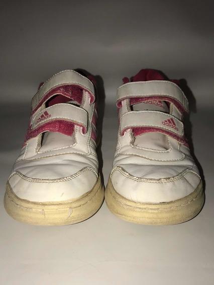 Zapatillas adidas Niña Con Abrojo Blancas Con Rosa 35