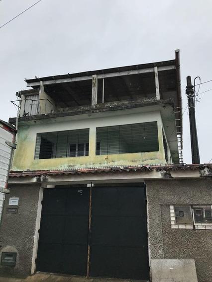 Casa Com 2 Quartos Garagem Cozinha Área De Serviço Duas Sala