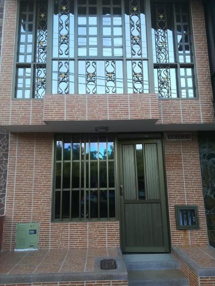 Casa En El Barrio La Patria - Armenia