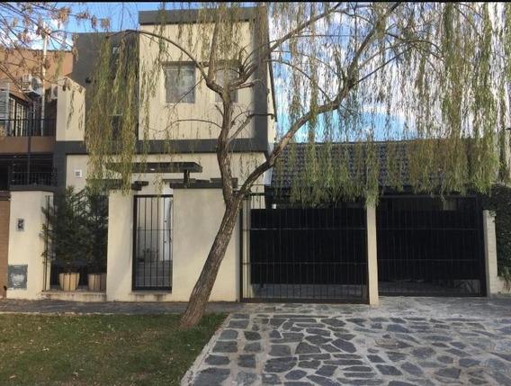 Lindísima Casa En Lomas De San Isidro 4 Ambientes Y 4 Baños