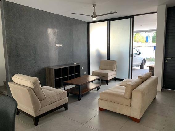 Casa En Renta Calle 63, Montes De Amé