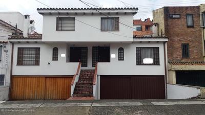 Casa En Santa Barbara Mls19-377coc