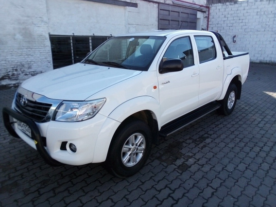 Toyota Hilux Sr Nafta 4x4