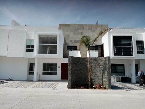 Departamento Juriquilla 3 Recamaras En Privada Con Alberca