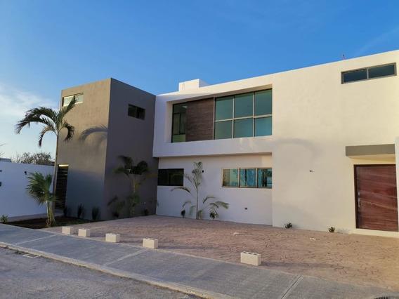Casa En Venta Al Norte De Mérida, San Diego Cutz