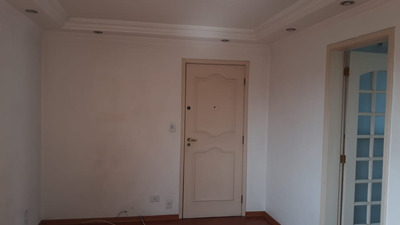 Apartamento À Venda, 50 M², 2 Quartos, 1 Banheiro - 9779