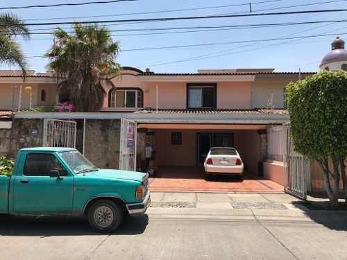 Excelente Casa En Renta En Rinconada De Los Novelistas