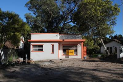 Casa A Estrenar 2 Dormitorios Lote 15x35 Colon Y Balboa