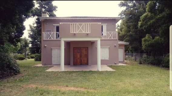 Casa 4 Dormitorios, 3baños, Frente A Laguna, Hermosa Vista