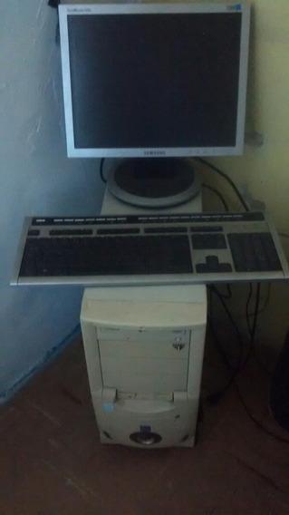Computador Asus Intel Pentium Usado.