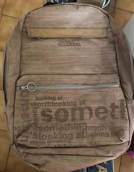 Mochila Porta Notebook Marrón