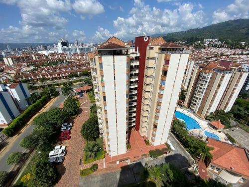 Vendo Apartamento Duplex, 129 Mts.2, Remodelado