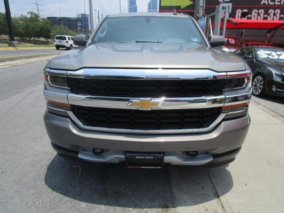 Chevrolet Silverado 2500 Cab. Ext Sl 2017