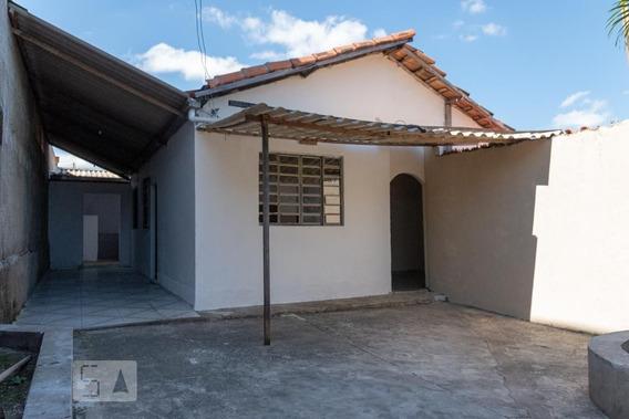 Casa Com 3 Dormitórios E 3 Garagens - Id: 892946548 - 246548
