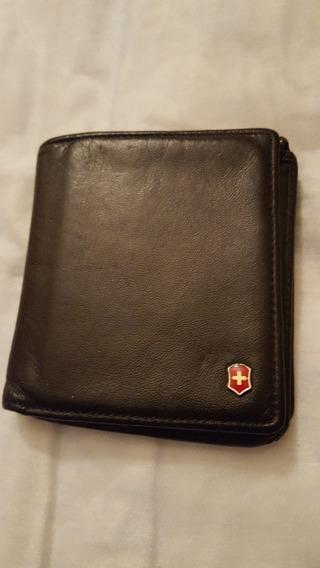 Cartera/billetera De Cuero Victorinox.