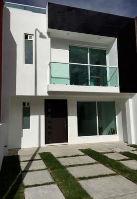 Hermosa Casa En Lomas Del Valle
