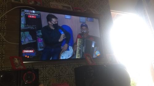 Imagem 1 de 2 de Tv 50 Polegadas
