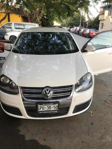 Volkswagen Bora Standard