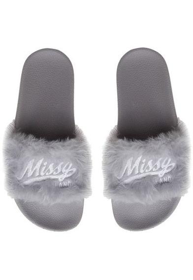 Chinelo Qix Missy Fluffy Cinza