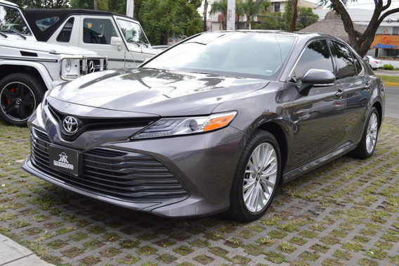 Toyota Camry 2019 Xle Navi Gris