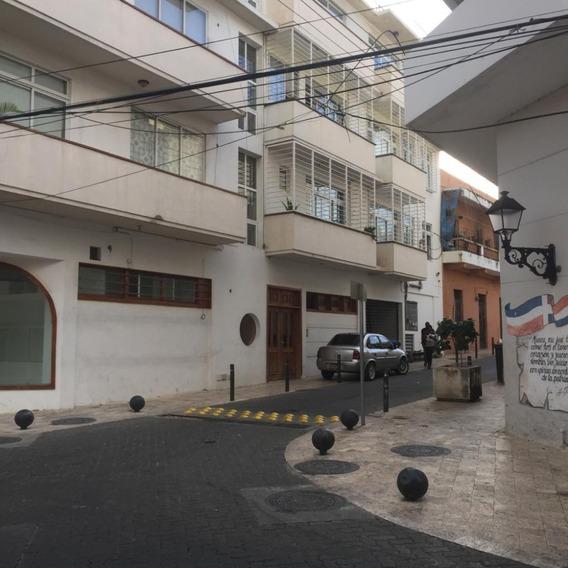 Apartamento De 3 Habitaciones 2pq En La Zona Colonial