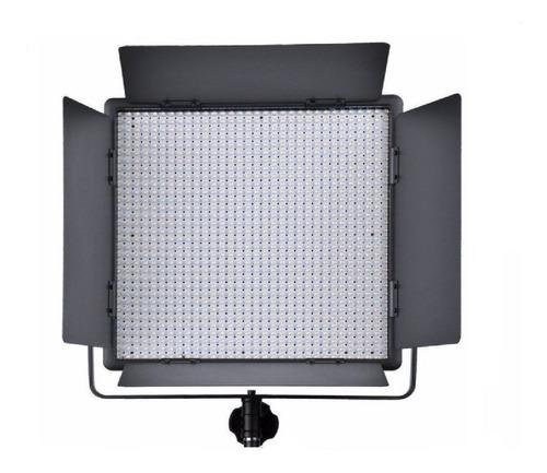 Luz continua Godox LED1000 tipo panel color blanca cálida y fría