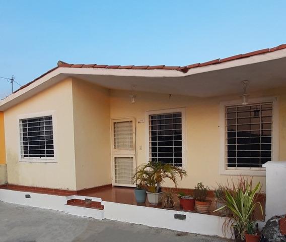 Urbanizacion Hacienda Yucatan Casa Barquisimeto