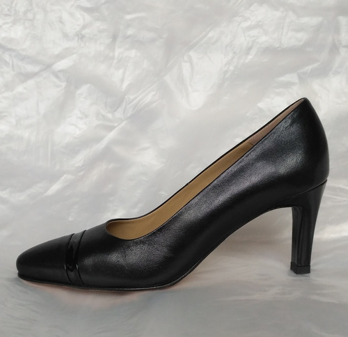 Zapatos Negros Tacos Tanguis De Cuero Talla 36 Nuevos Caja
