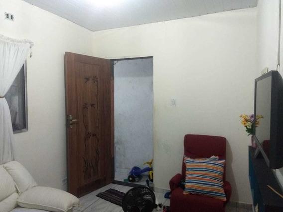 Casa 1 Quarto Sala Cozinha E Garagem