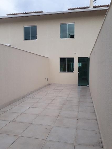 Excelente Casa Independente Área Privativa, 02 Quartos E 02 Vagas. - Gar9506