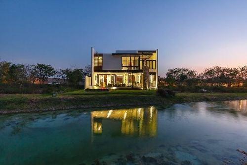 Hermosa Residencia En Privada Punta Lago
