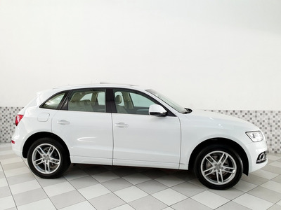 Audi Q5 Ambiente 2.0 16v Tfsi 2016 Branco Top De Linha