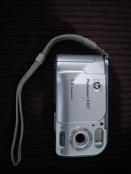 Câmera Digital Hp. E327 Cartão De Memória E Cd De Instalação