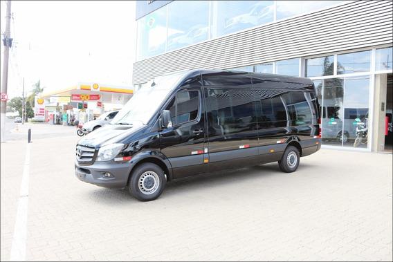 Sprinter 2019 415 0km Bigvan Executiva Elite 19l Dubai Preta