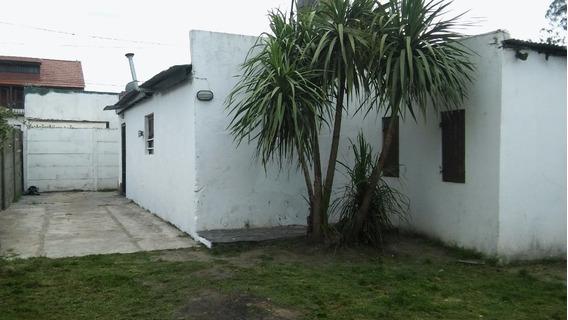 Lote 10x33 Con 2 Casas 2 Y 3 Amb Zona Cerrito Sur