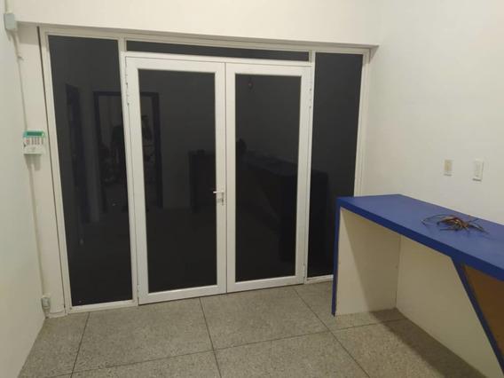 Hermosa Fabrica Licorera Con Todo De Paqute 04243257753