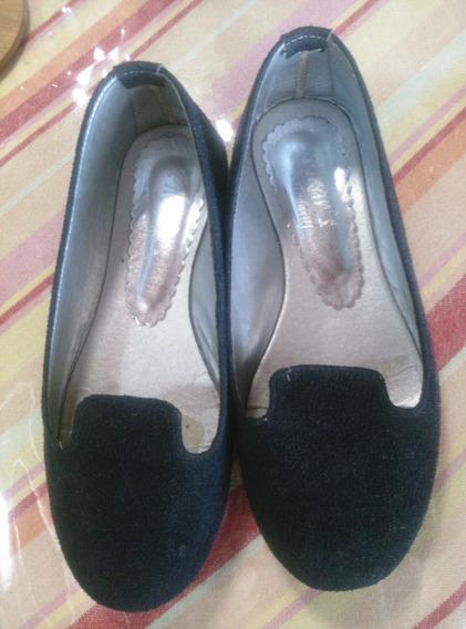 Zapatillas De Niñas Negras Usadas