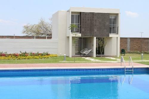 Bonita Casa En Cuautla Con Alberca Y Palapa