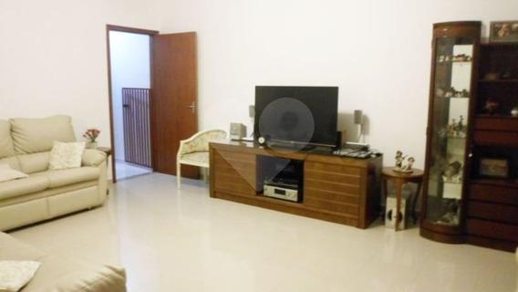 Sobrado Semi Novo 3 Dormitórios - Campo Grande - 375-im152791