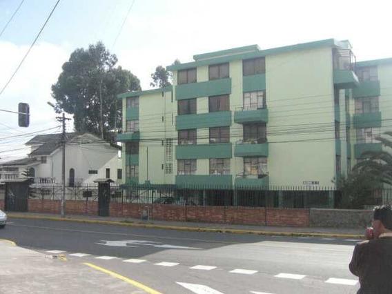 Arriendo Amplio Departamento 4 Dormitorios Área 135 M2
